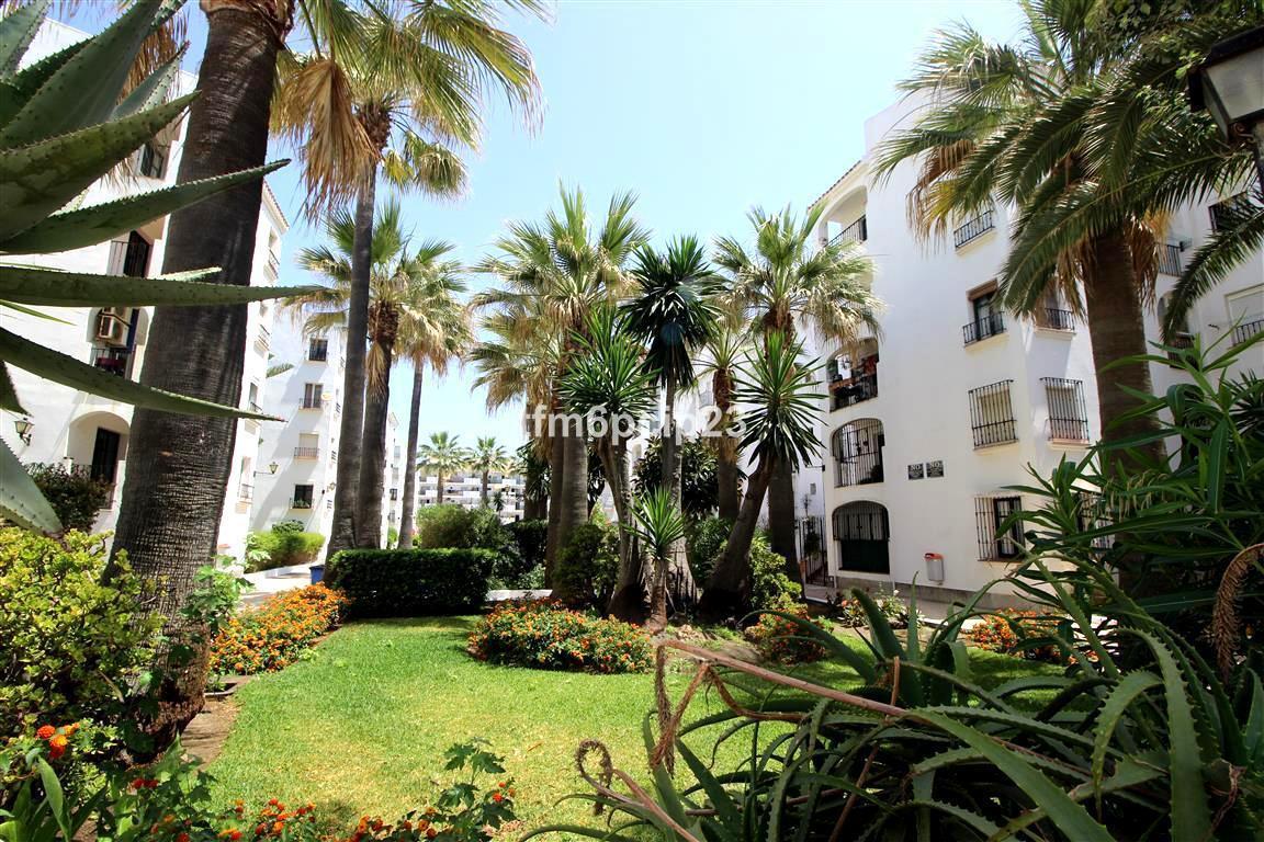 Apartamento 1 Dormitorios en Venta San Luis de Sabinillas