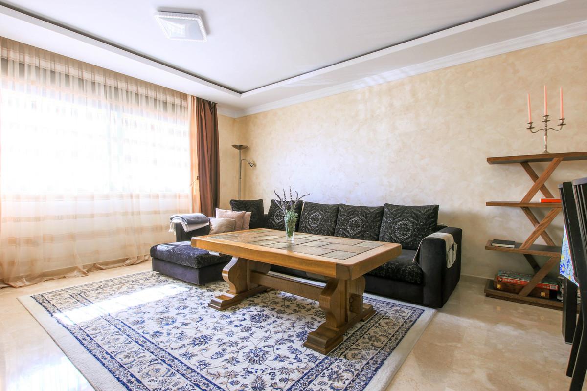 Marbella Banus Apartamento en Venta en San Pedro de Alcántara – R3802798