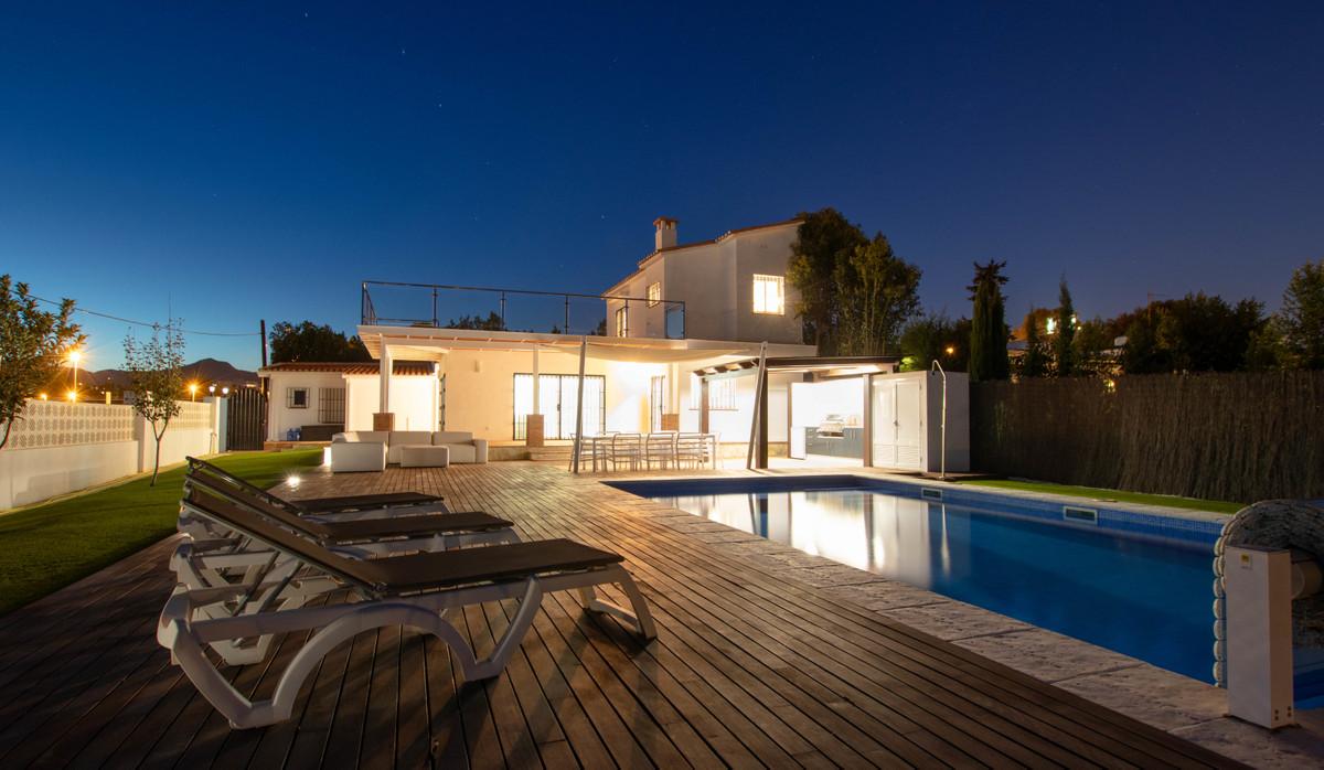 Detached Villa for sale in San Pedro de Alcántara R3455086