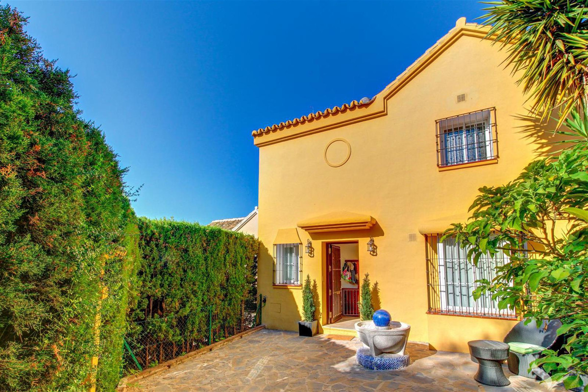 Cozy and spacious home, located in a tranquil and safe area close to Marbella center.  The interior , Spain