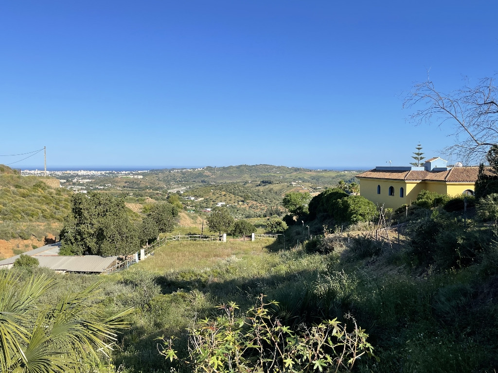 Finca for sale in Entrerrios, Mijas: Amazingly located 10.000 m2 plot to enjoy life and horse riding,Spain