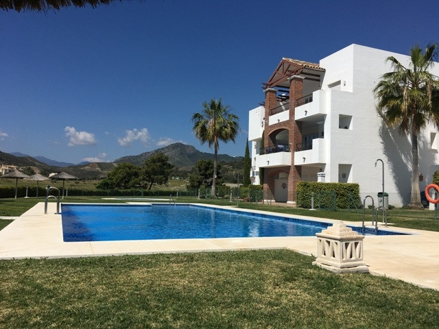 This very stylish 3 bedroom, 2 bathroom ground floor apartment is located in the famous golf area of, Spain