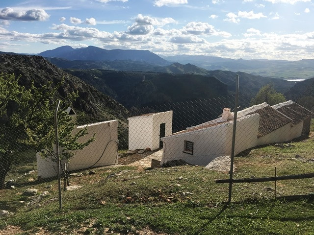 REDUCED to 195.000 EUR (from before220.000): Finca in the picturesque and renowned village of El Cho, Spain