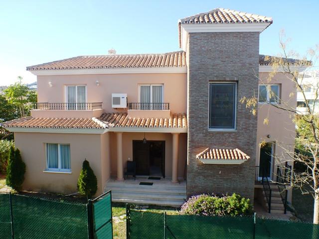 Fristående villa i Riviera del Sol R3071617