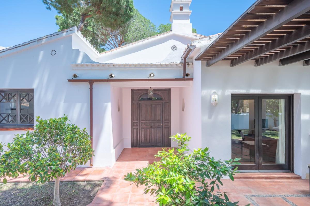 Marbella Banus Villa – Chalet en Venta en Elviria – R3730327