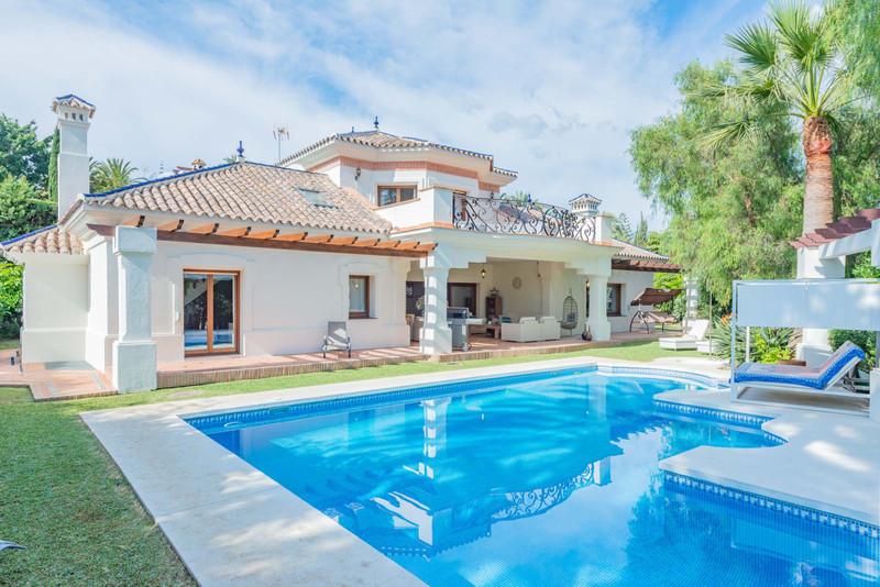 Maisons Nueva Andalucía 5