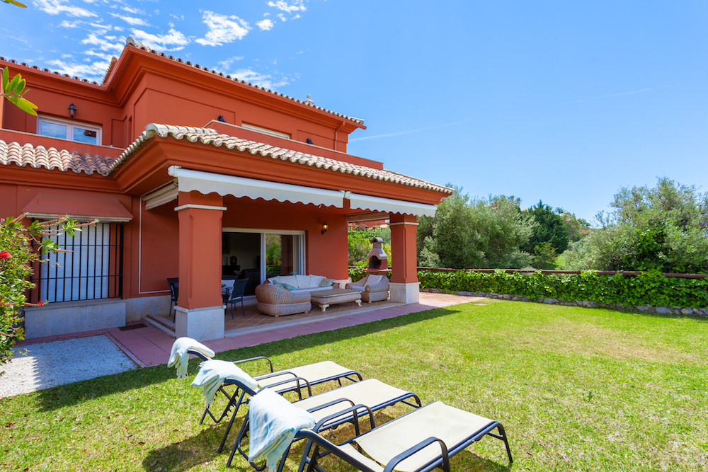 Fantastic Front Line Golf 3 Bedroom 3 Bathroom Corner Semi Detached House with private garden locate, Spain