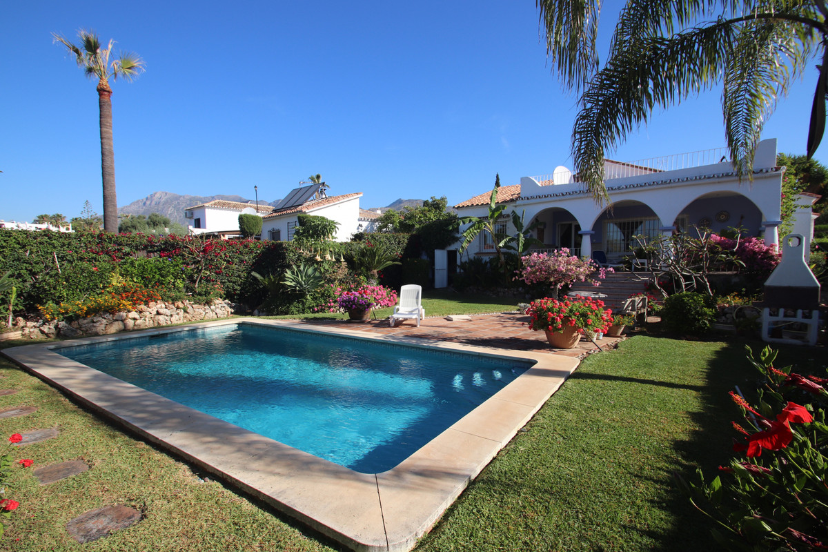 REDUCED TO 440,000 EUROS - GREAT INVESTMENT OPPORTUNITY IN MARBELLA - BEAUTIFUL PLOT WITH GREAT POSS,Spain