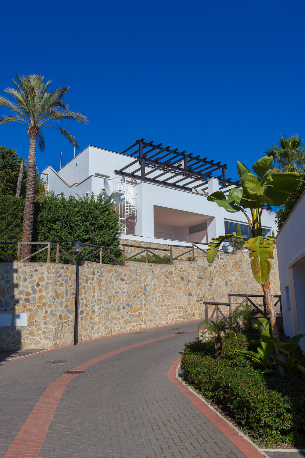 Best priced property!  Luxury & Spacious 2 Bedroom 2 Bathroom Townhouse located in Santa Clara, , Spain