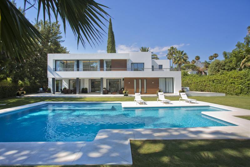 Villas for sale Nueva Andalucia 10