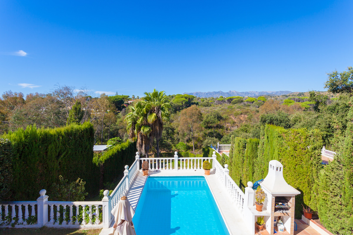 REDUCED TO 599,000 EUROS!!!  Stunning & Immaculate 3 Bedroom 2 Bathroom Detached Villa located i,Spain