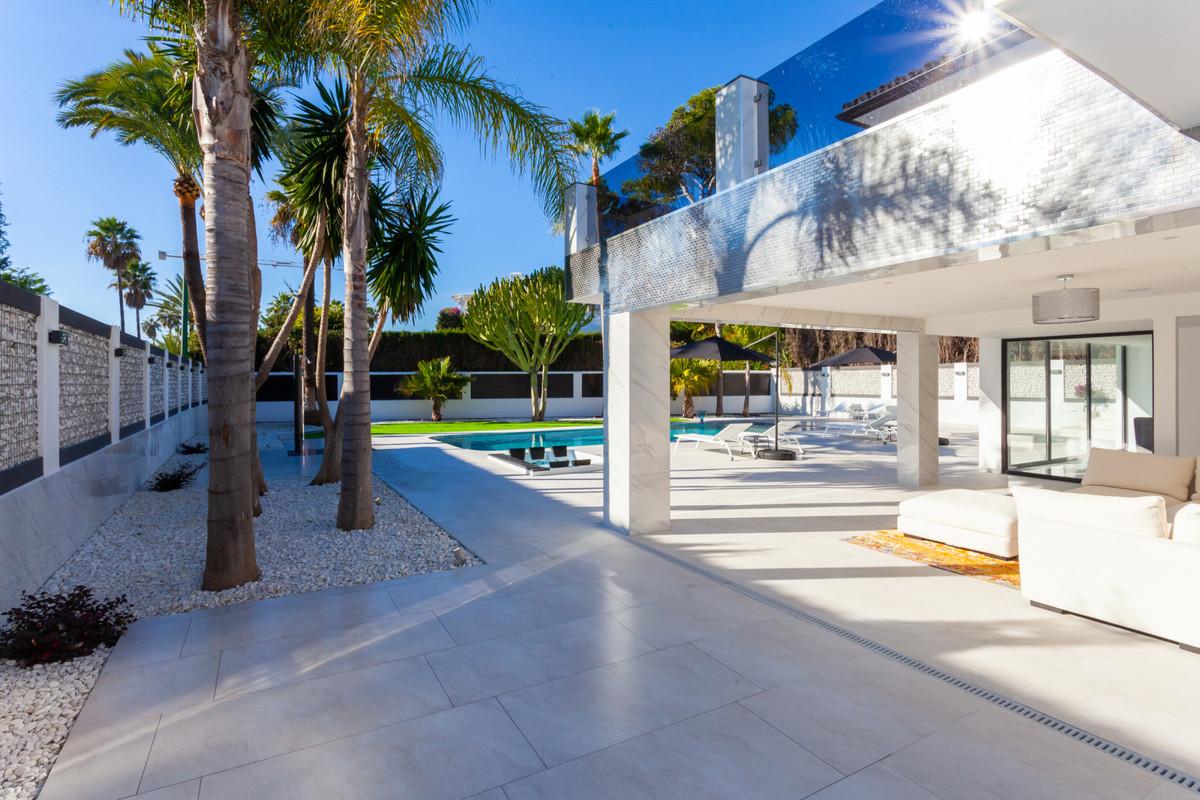 Villa Independiente en Los Monteros, Costa del Sol