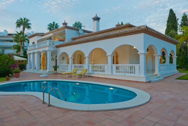 House in Bahía de Marbella R3161035 16