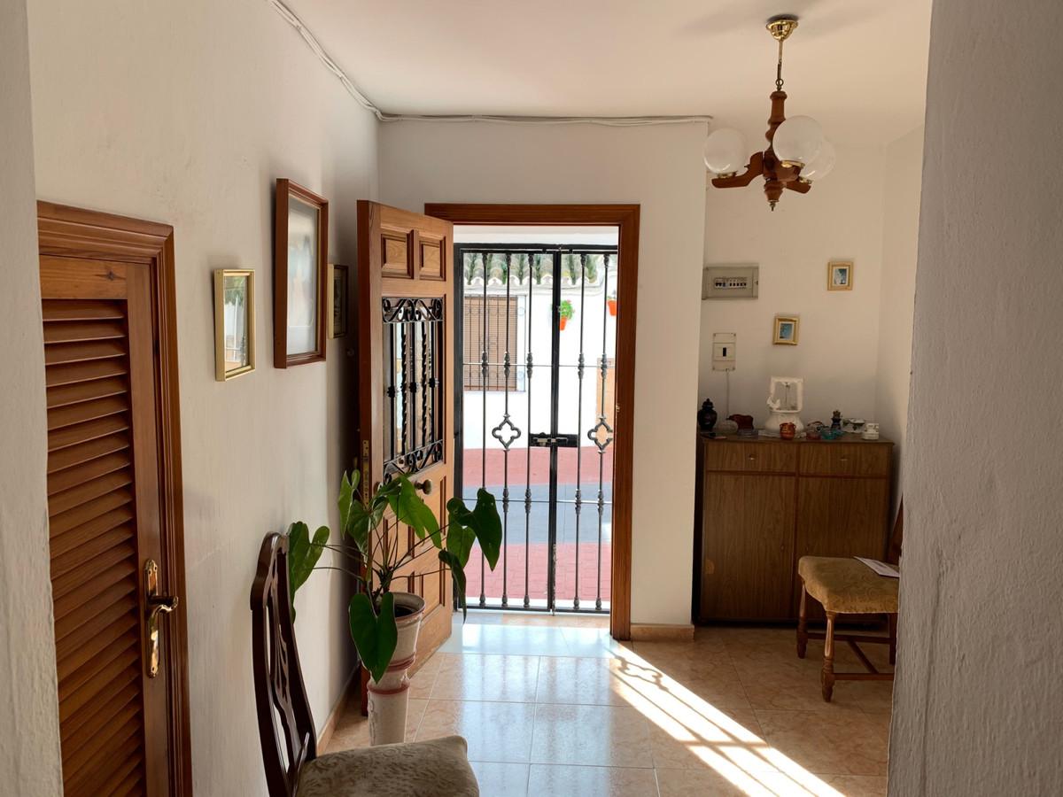 Дом - Estepona - R3597926 - mibgroup.es