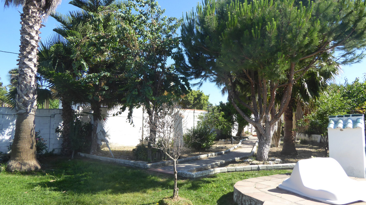 Villa Detached in San Luis de Sabinillas, Costa del Sol