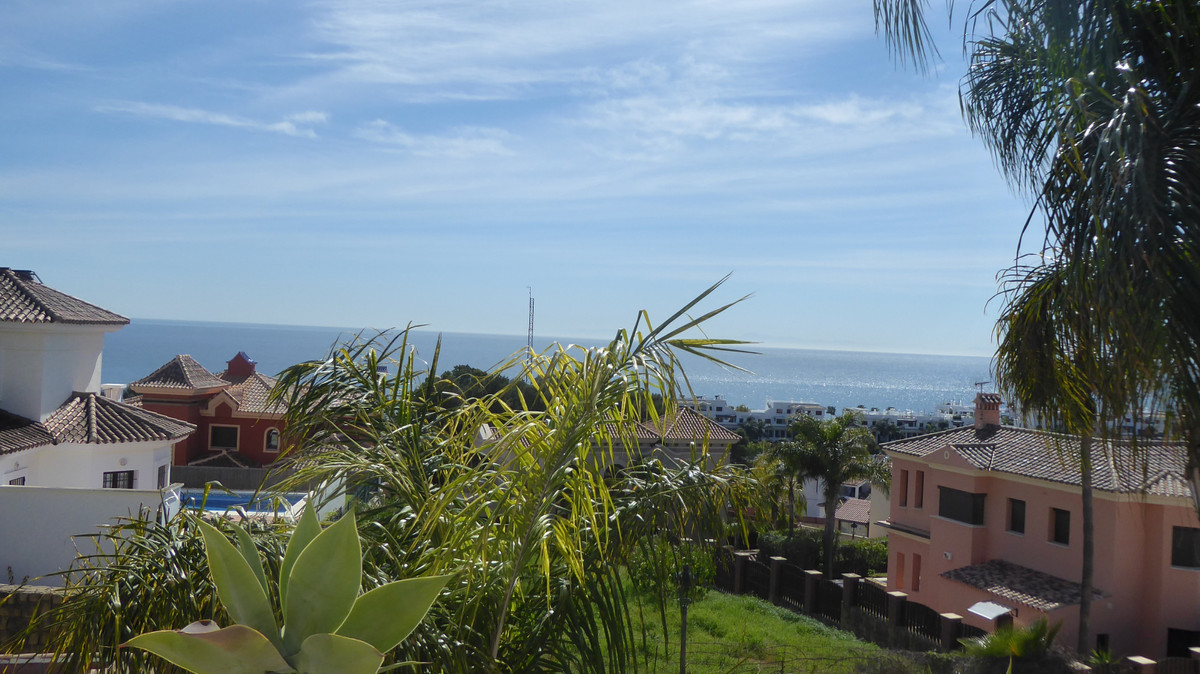 SUPERB PLOT OF 500m IN EL SEGUERS ESTEPONA. LOCATED IN THE MOST PRETTY AREA AND WITH THE BEST VIEWS ,Spain