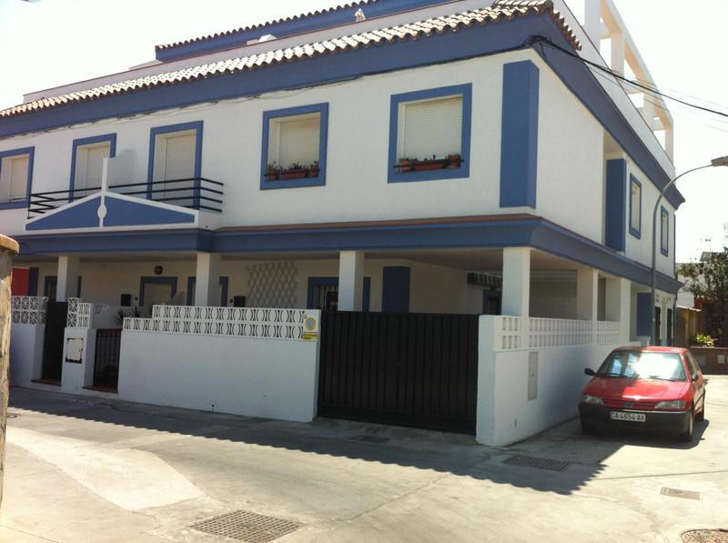 Middle Floor Apartment in Algeciras for sale