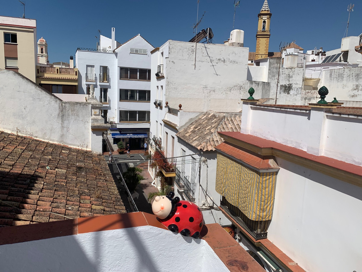 R3669398   Townhouse in Estepona – € 147,000 – 2 beds, 1 baths