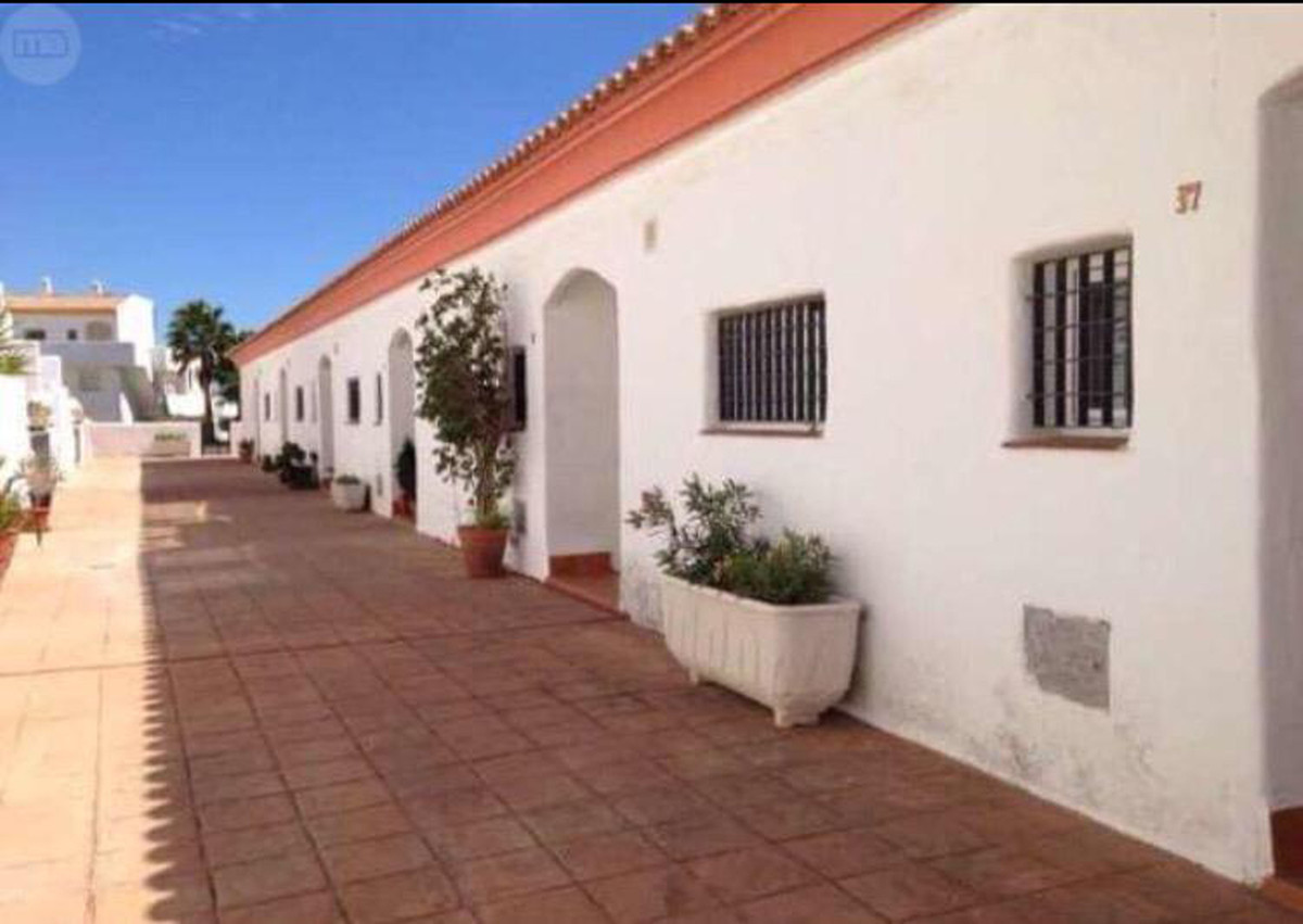 Great townhouse in Manilva center with communal pool and garden, two bedrooms, two bathrooms (one en,Spain