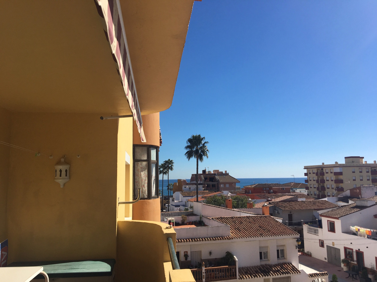 , Apartment in Sabinillas (central) 102m2  Terrace of 10m2 faces the square.  It has a beautiful pan,Spain