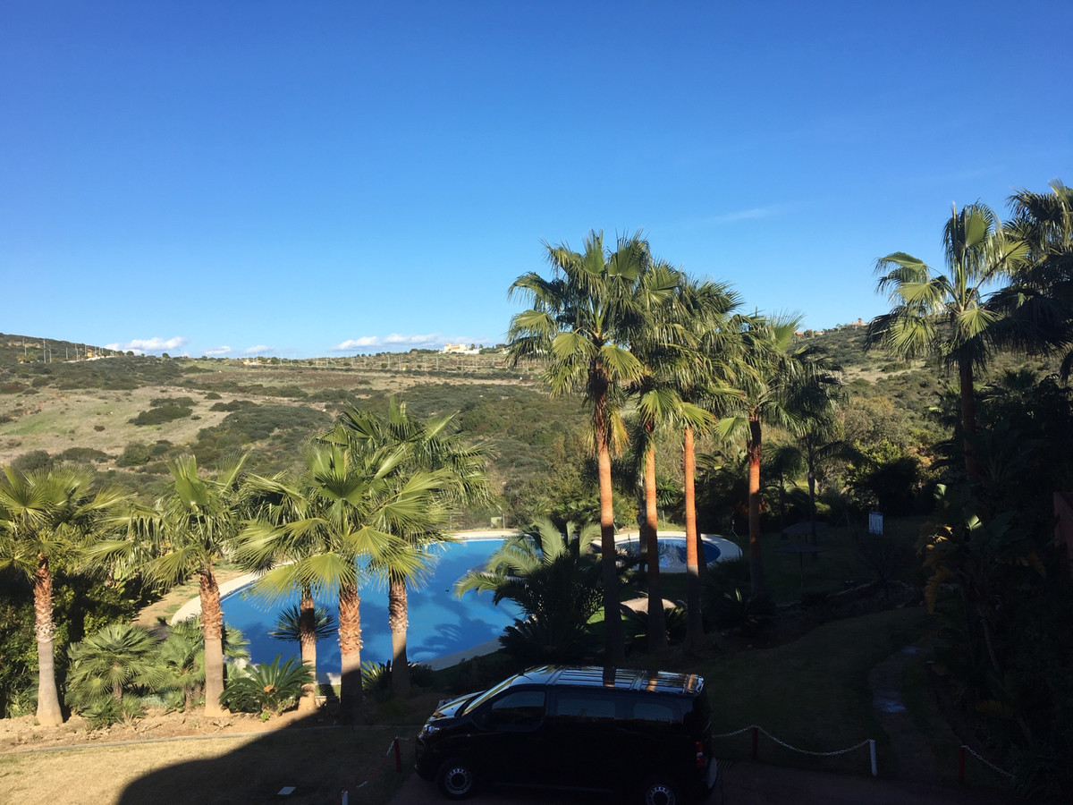 Ground Floor Apartment for sale in Casares R3366841