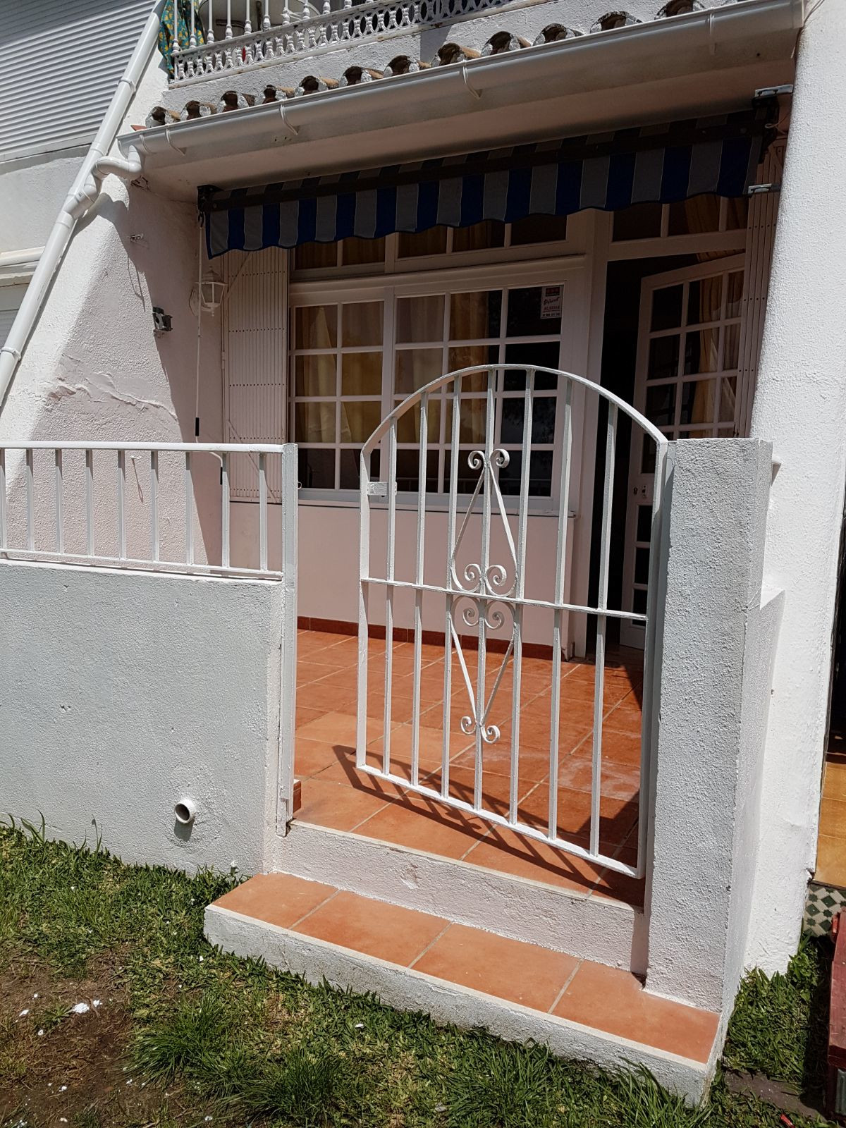 Great apartment in the Seghers area of ??Estepona with one bedroom and one bathroom, terrace of 9 m2, Spain