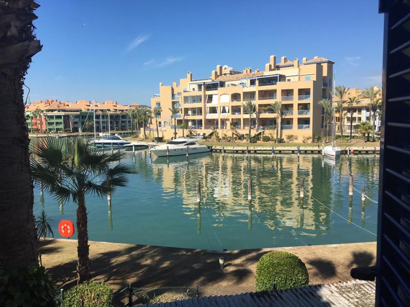 Marbella Banus Adosada en venta, Sotogrande Marina – R3365995