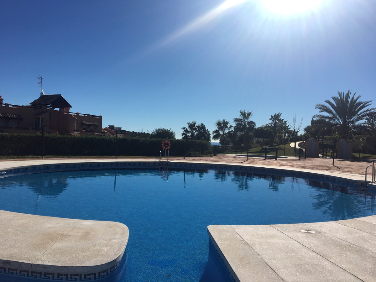 Great apartment in Casares del Sol with two bedrooms and two bathrooms, garage and storage room, com,Spain