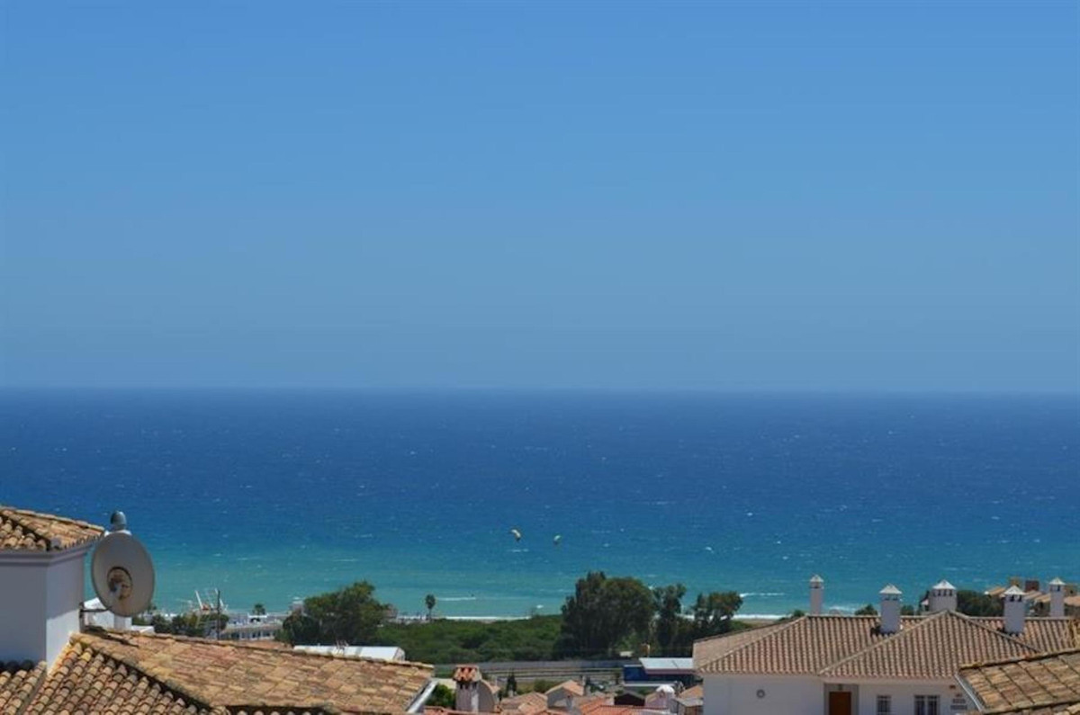 Lovely penthouse with panoramic views to the Mediterranean Sea in Manilva Costa. Set in residential ,Spain