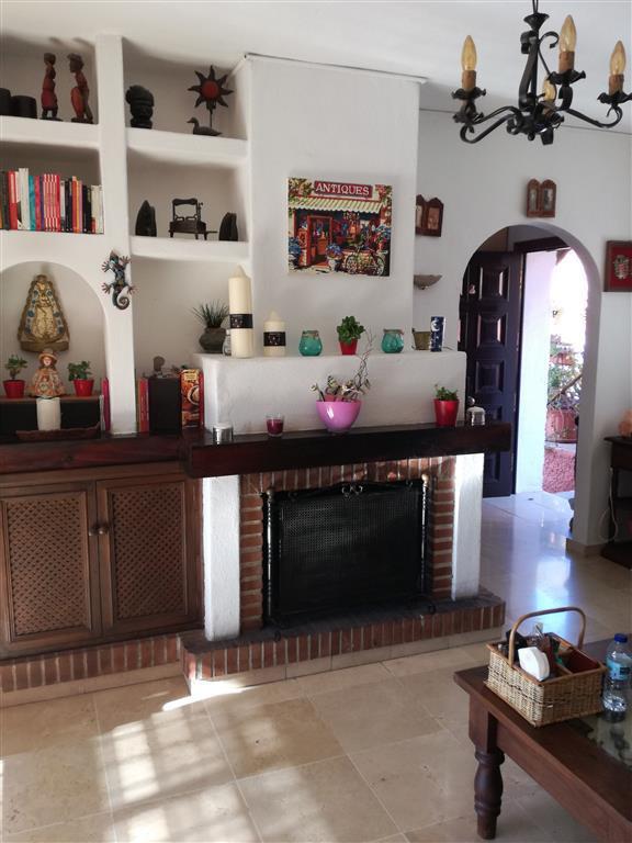 Villa en Venta en Marbella – R2832032