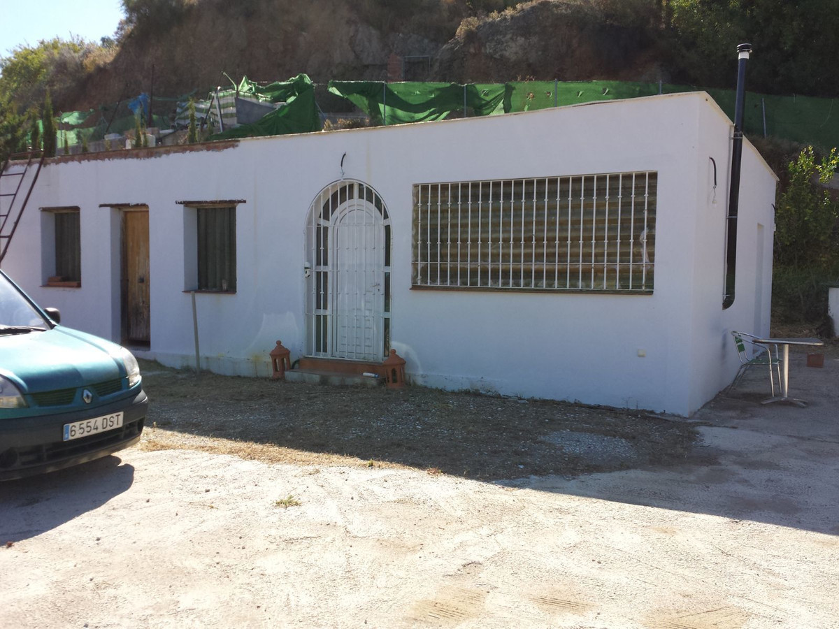 """""""Terrerno Rustico a few km from Monda (Marbella) deeded.It consists of a prefabricated house wi,Spain"""
