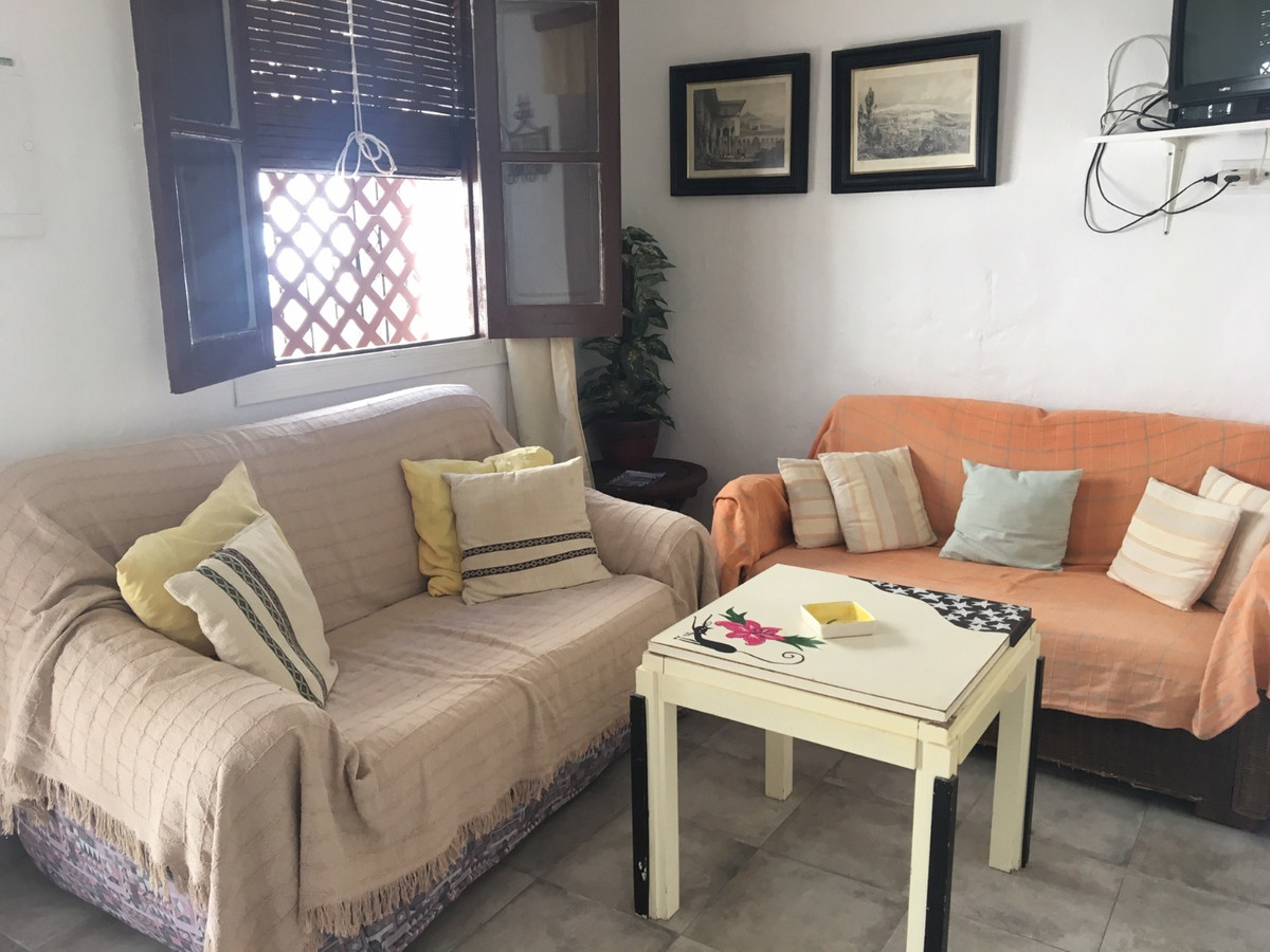Great village house the Istan (Marbella) with three floors  3 bedrooms, 2 full bathrooms and 1 toile,Spain