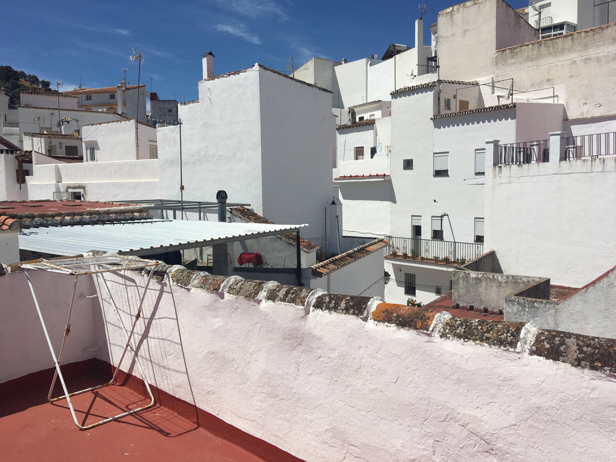 Townhouse for sale  in Istán, Costa del Sol