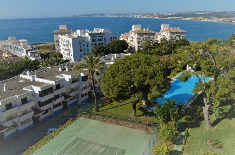 R3259099: Apartment for sale in Estepona
