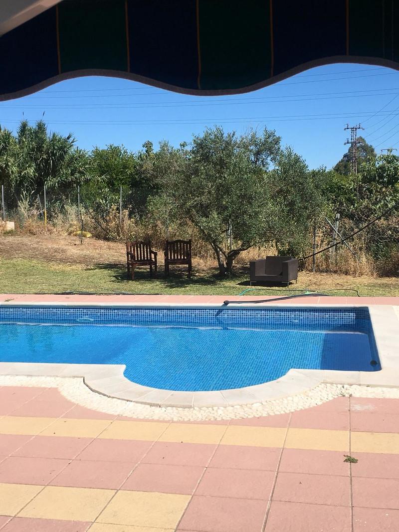 Marbella Banus Terreno Rustico en venta, Estepona – R3513970