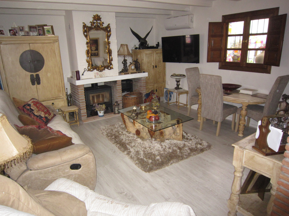 R3719774 | Townhouse in Cancelada – € 115,000 – 1 beds, 1 baths