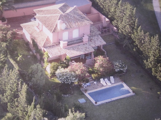 Lovely 4 bed villa, one of only four located on the front line of Atalaya golf old course and only a, Spain