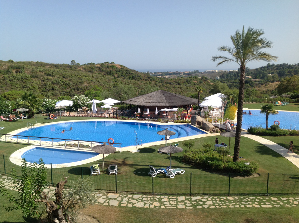 Fantastic opportunity!  A spacious, modern, single storey villa with 3 bedrooms and 3 bathrooms in t,Spain