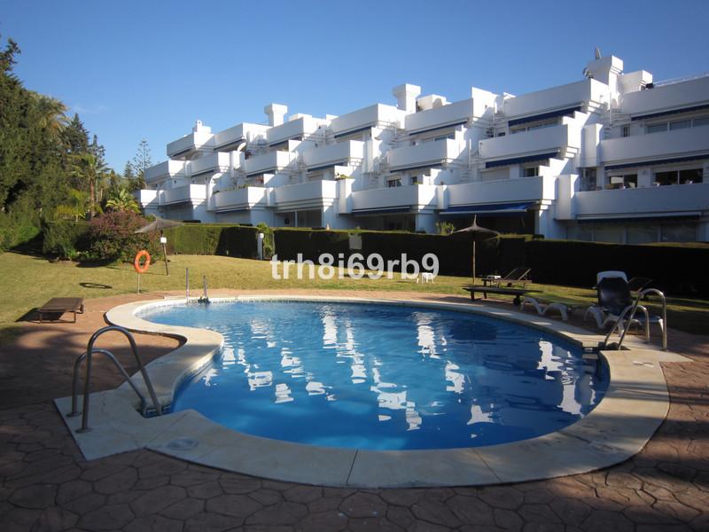 Apartamento Planta Baja en venta en Estepona – R3467668
