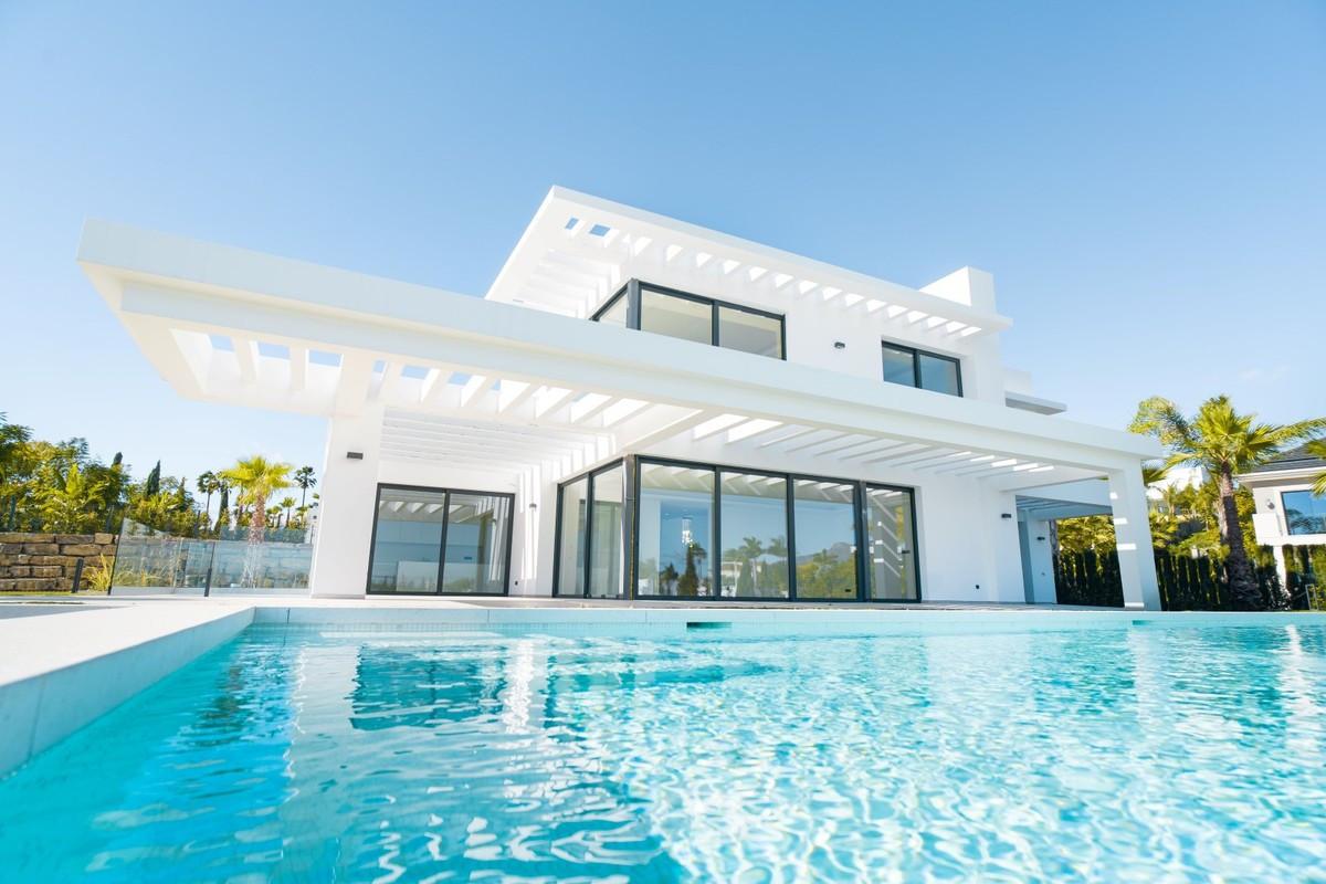 Detached Villa for sale in Los Flamingos R3866737