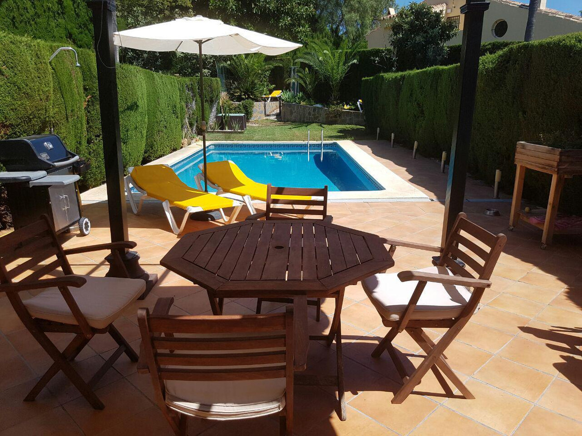 Townhouse for sale in Atalaya