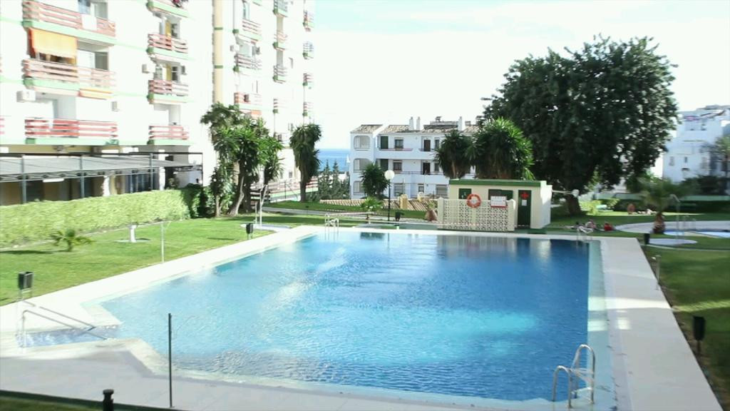 Benalmadena Coast, Edificio Los Naciones, very well priced  studio apartment, community pool and gar, Spain