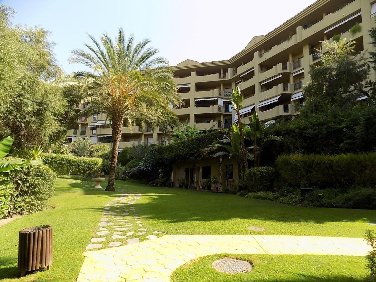 Marbella Banus Ático en Venta en Guadalmina Alta – R2747345