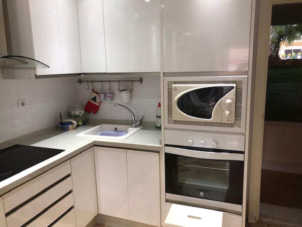 Apartamento en Venta en Las Chapas – R3584920