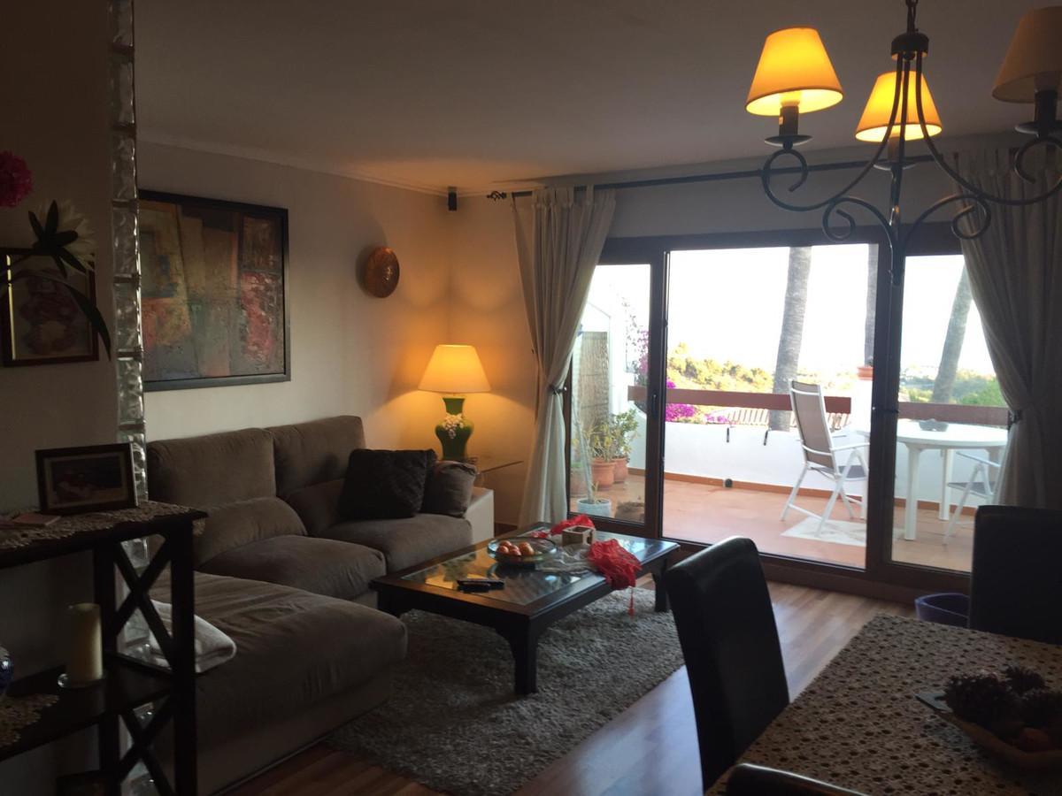 Marbella Banus Apartamento en Venta en Calahonda – R3682208