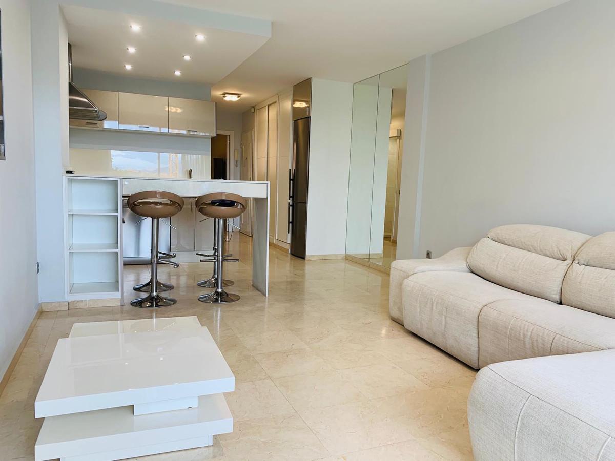 Apartamento, Planta Media  en venta    en Puerto Banús