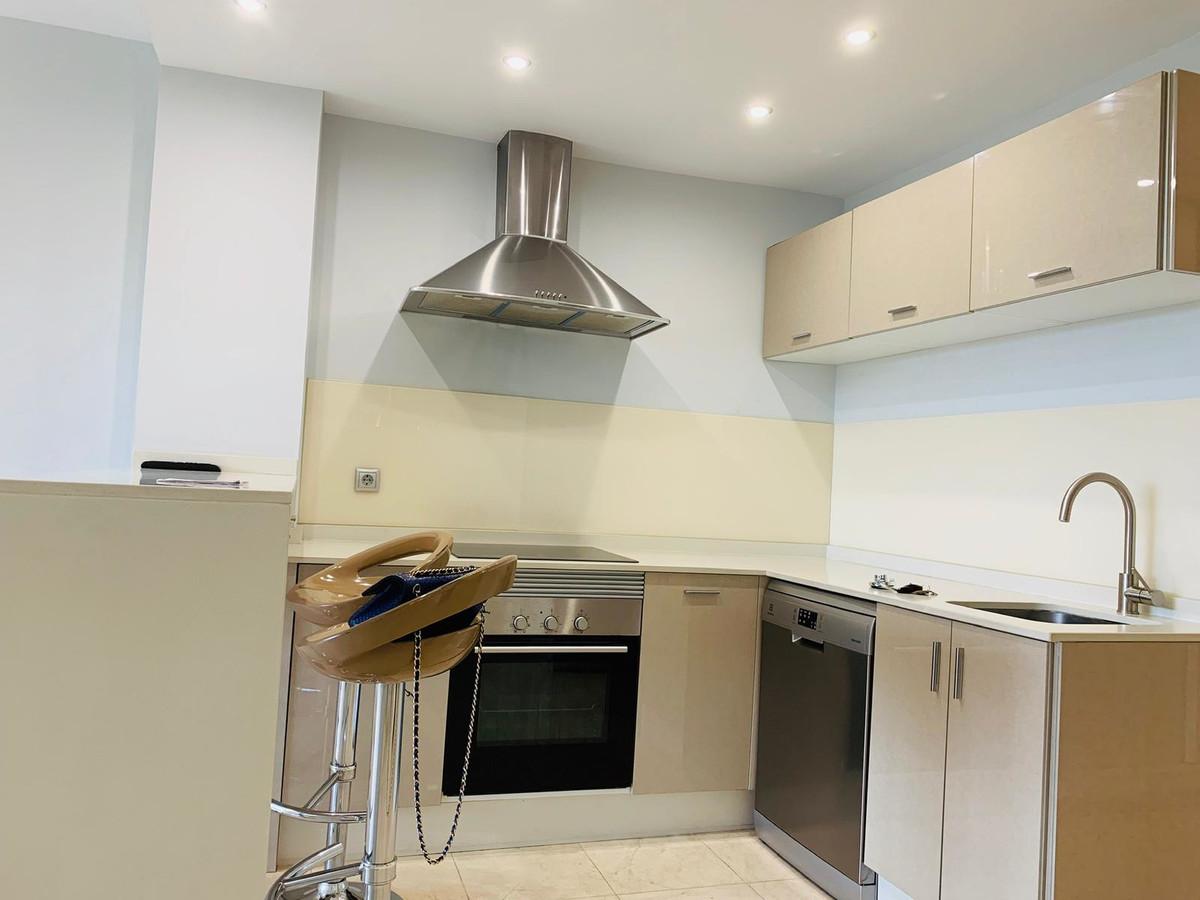 Apartment for sale in Puerto Banus - R3664271
