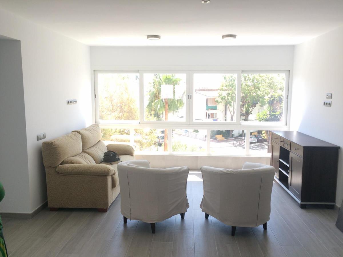 Marbella Banus Apartamento en Venta en Nueva Andalucía – R3759991