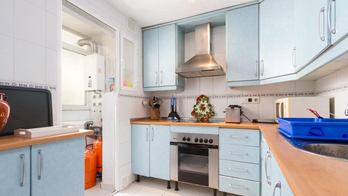 Marbella Banus Apartamento en Venta en San Pedro de Alcántara – R3644000