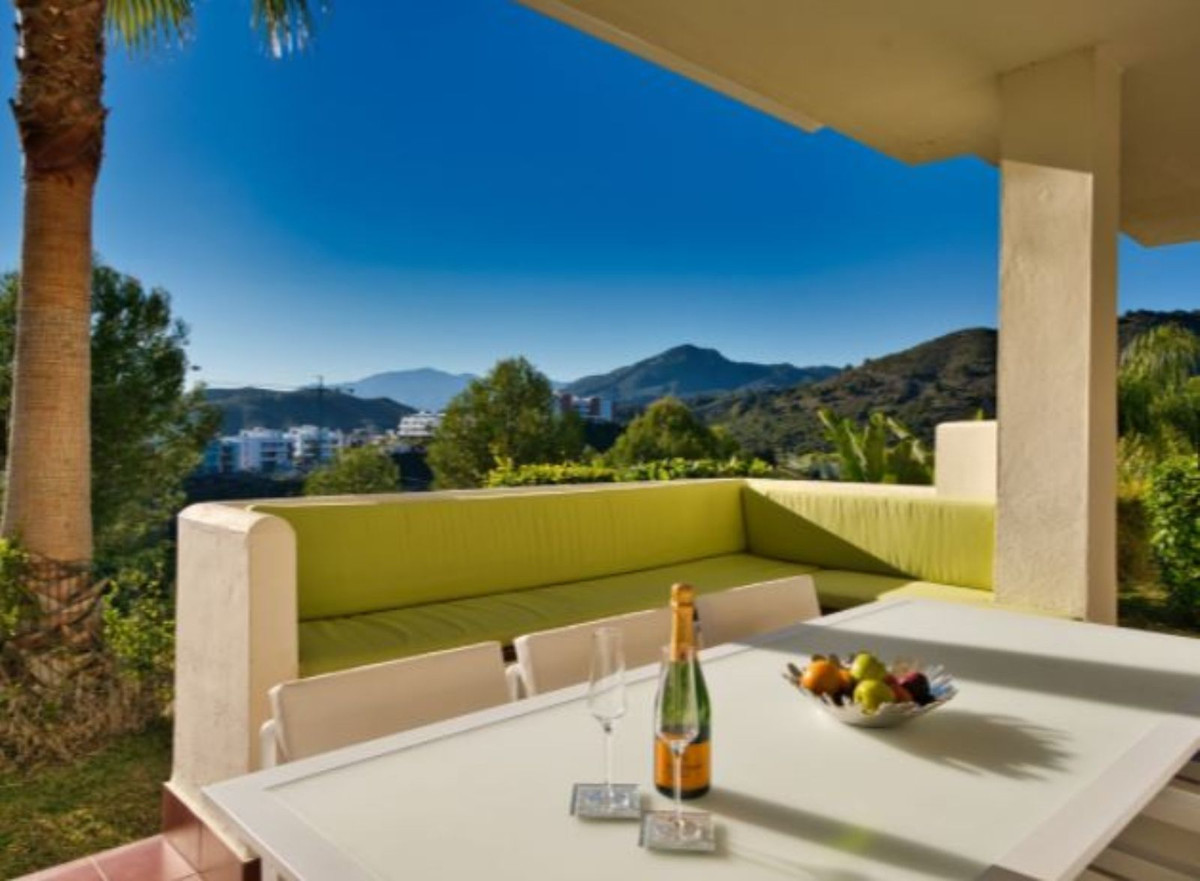 Immaculately presented corner ground floor luxurious apartment is located just off the Ronda road an, Spain
